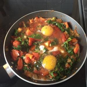 Shakshuka eggs